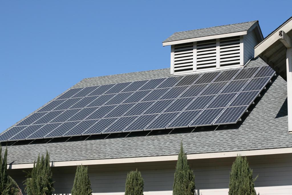 материал крыши для солнечных батарей